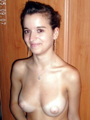 Young girlfriend nude pictures in her..