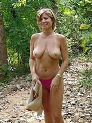 Sexy mature wife shows her big natural..